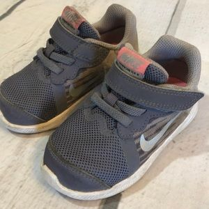 Nike Sneakers - Size 6